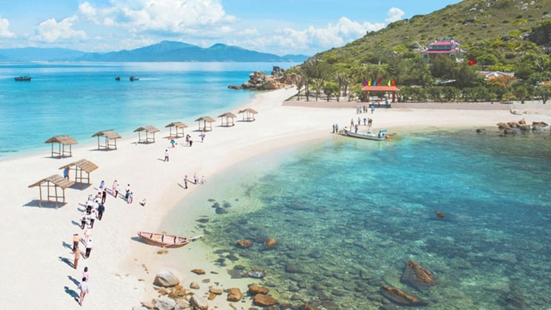 hoi-an-to-nha-trang-private-car