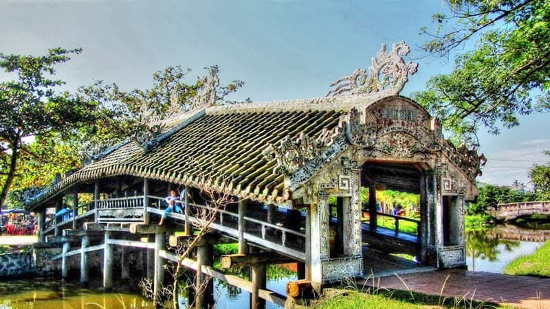 hue city tour one day - thanh-toan-bridge