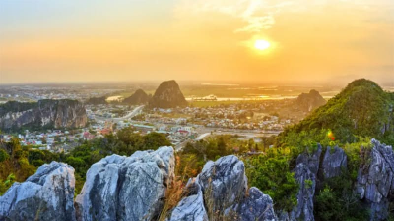 Hoi An to Danang by car – Private Driver