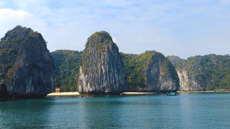 Ha-Noi-to-Cat-Ba-Islands