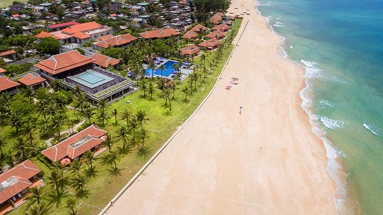 Hue-to-thuan-an-beach-by-car