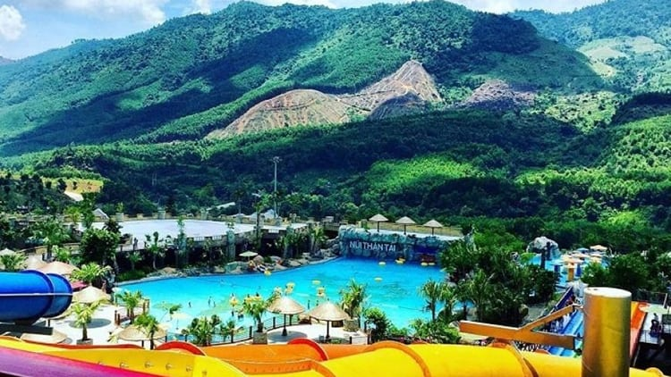 Da Nang to Than Tai Hot Spring Park by private car