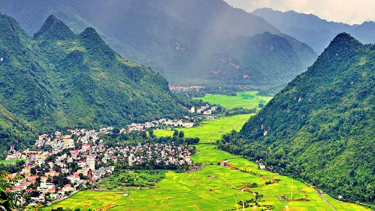 hanoi-to-mai-chau-by-private-car
