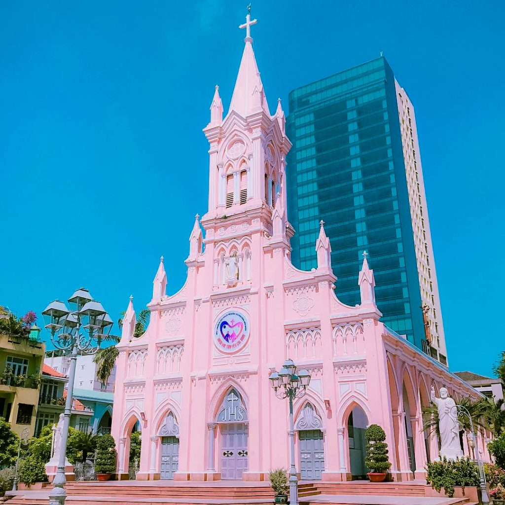 Da Nang Cathedral - vn car services