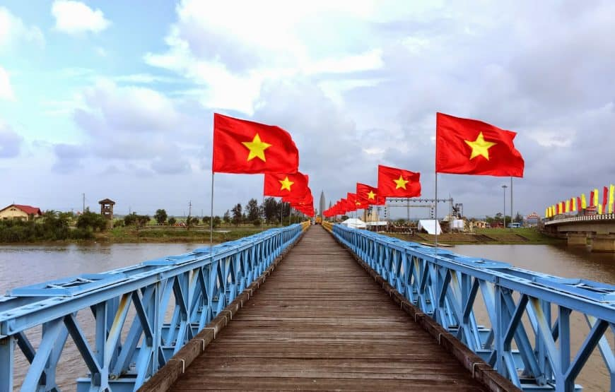 hien-luong-bridge hue to quang tri