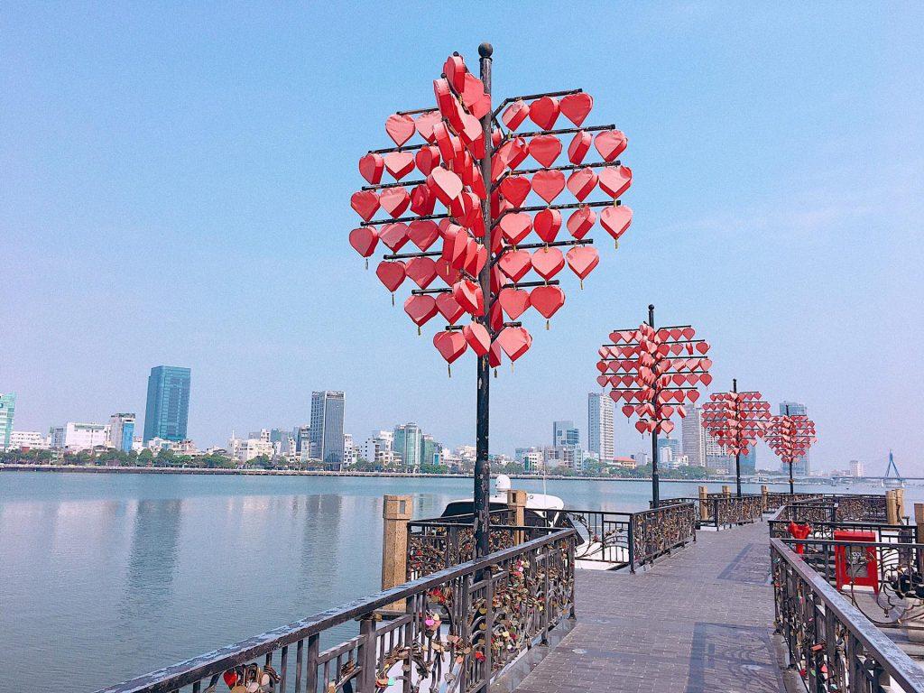 Love Bridge in Da Nang