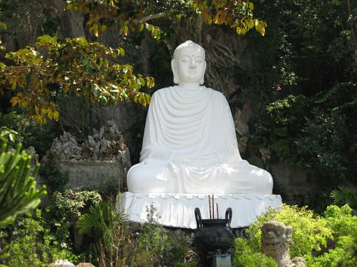 how to go to marble mountain - linh ung pagoda