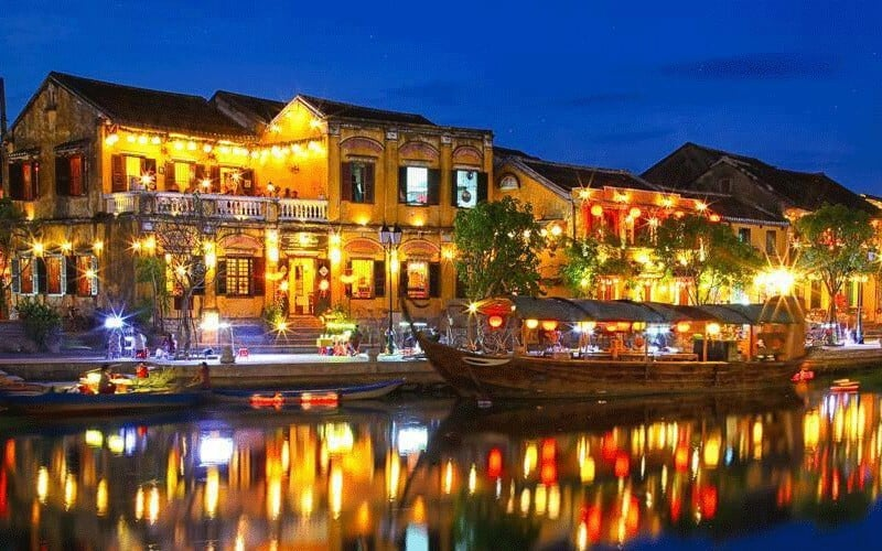 Top Things To Do in Hoi An by Night 2020