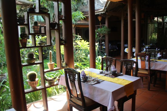 Best Restaurants in Hue City