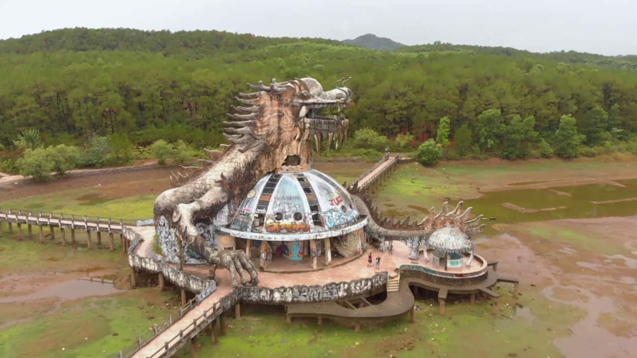 Abandoned Water Park in Hue Vietnam – Ho Thuy Tien